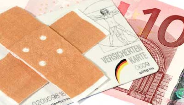 Pflaster mit Geldschein © Birgit Reitz-Hofmann, Fotolia.com