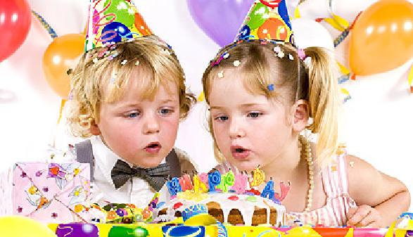 Kinder feiern Geburtstag © Claudia Paulussen, Fotolia.com