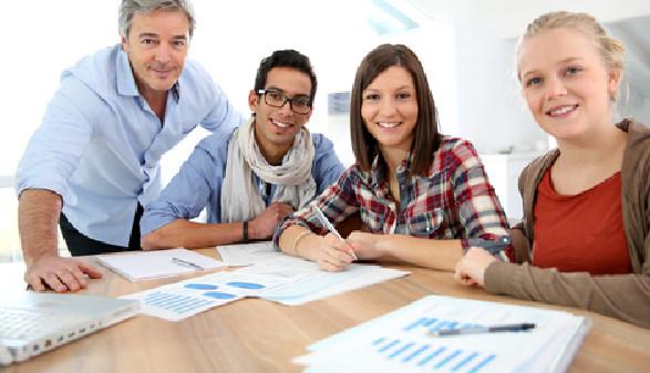 Schüler beim Lernen © goodluz, fotolia.com