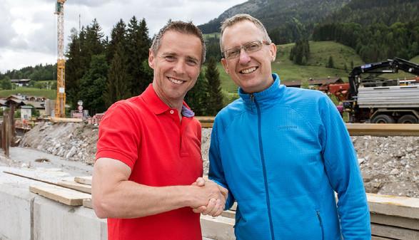 Präsdient Peter Eder und Martin Goller © AK Salzburg