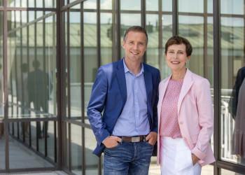 AK-Direktorin Cornelia Schmidjell und AK-Präsident Peter Eder © wildbild, AK