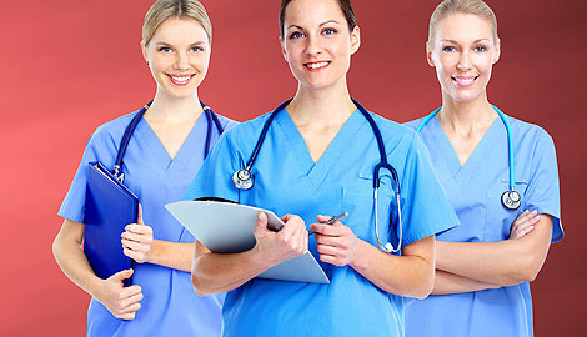 Drei Krankenschwestern © Kurhan, Fotolia.com