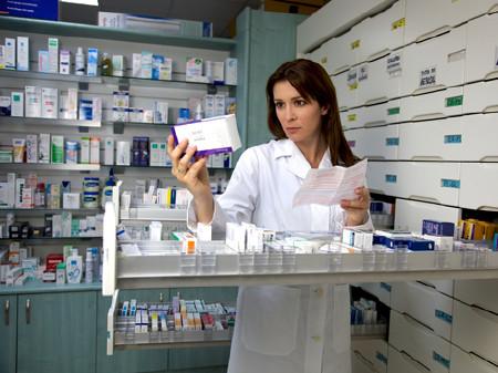 Apothekerin © fmarsicano, fotolia.com
