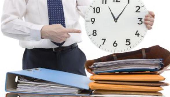 Notieren Sie sich Ihre Arbeitszeit - Jetzt auch als APP! © Digitalpress, Fotolia